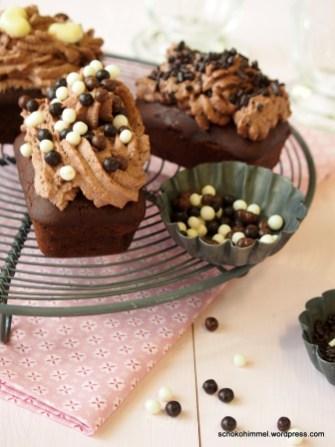 von 3 fachen schoko muffins die lieber 5 fache schoko cupcakes sein wollten dr oetker dekor. Black Bedroom Furniture Sets. Home Design Ideas