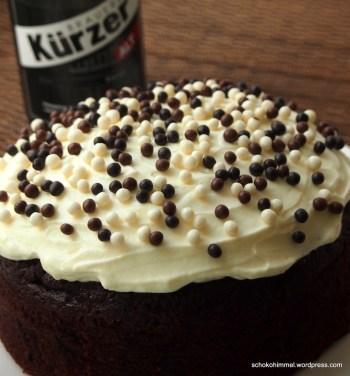 Mit Topping ist es eine Altbier-Schoko-Torte