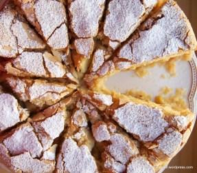 Apfel-Szarlotka - sieht komisch aus, schmeckt aber lecker