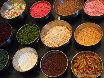 Dekor zum Verzieren von Trüffel, Pralinen und Tafelschokolade