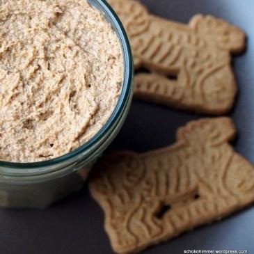 Wenn Blogger wichteln… gibt's Spekulatius-Creme und Nougat-Cookies mit gebrannten Mandeln