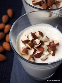 Dessert für den Winter: Marzipancreme mit Mandeln und Orangen-Note