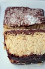 wie Bounty, nur als Kuchen: Kokos und Schokolade überall