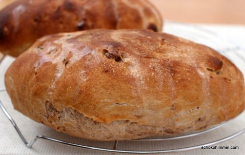 frisch gebackenes Brot