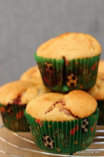 Muffins mit Himbeermarmelade