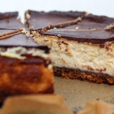 Orientalische Versuchung: Tahini-Cheesecake mit Keksboden