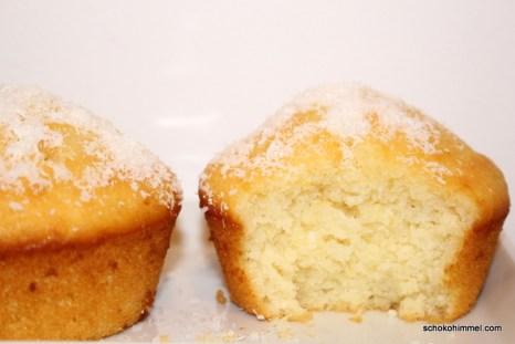 Zitronen-Muffins mit Kokos