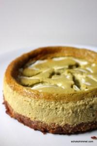 grüner Cheesecake mit Keksboden