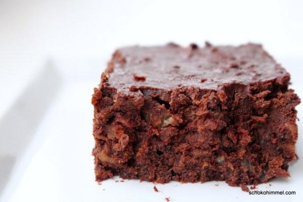 Brownies mit Möhren und Walnüssen