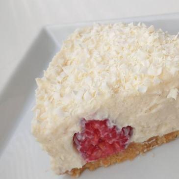 Ofen aus: White Chocolate Cheesecake mit Himbeeren [cremig-fruchtig]