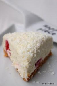 sommerlicher Cheesecake mit weißer Schokolade