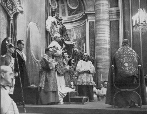 Pie XII & le cardinal Dante