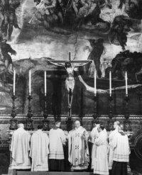 Jean-Paul II célèbre Ad Orientem à la chapelle Sixtine