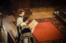 Requiem solennel pour Louis XVI du 21 janvier 2013 : chant de l'Epître par le sous-diacre