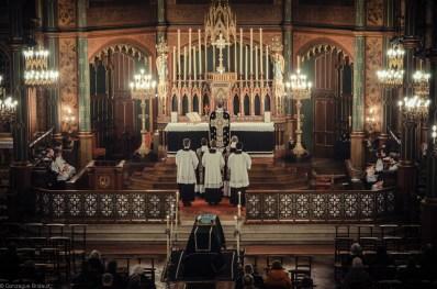 Requiem solennel pour Louis XVI du 21 janvier 2013 : procession de l'évangile