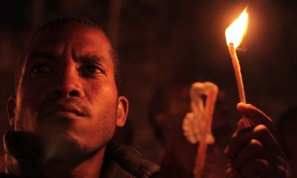 Fidèle à la célébration de Meskel à Addis Abeba