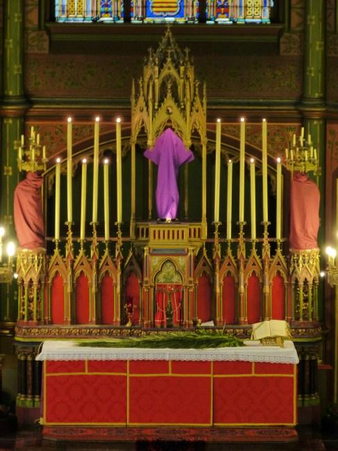 Rameaux 2014 - 1 - l'autel avant la messe