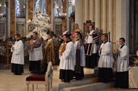 19 Vue du chœur pendant le chant de l'évangile © François N