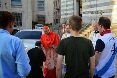 10 - Avec le cardinal Bagnasco, archevêque de Gênes, à Santo Stefano