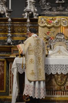 Messe de saint Philippe Beniti à Turin 02