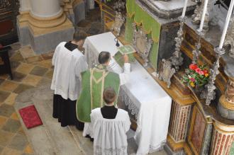 Messe du XIème dimanche après la Pentecôte à Turin 02