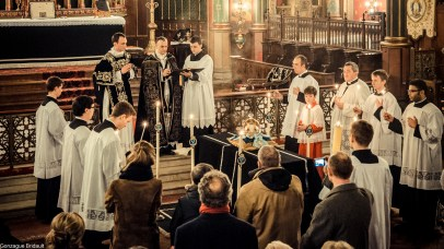 Requiem pour Louis XVI en 2014 - durant l'absoute