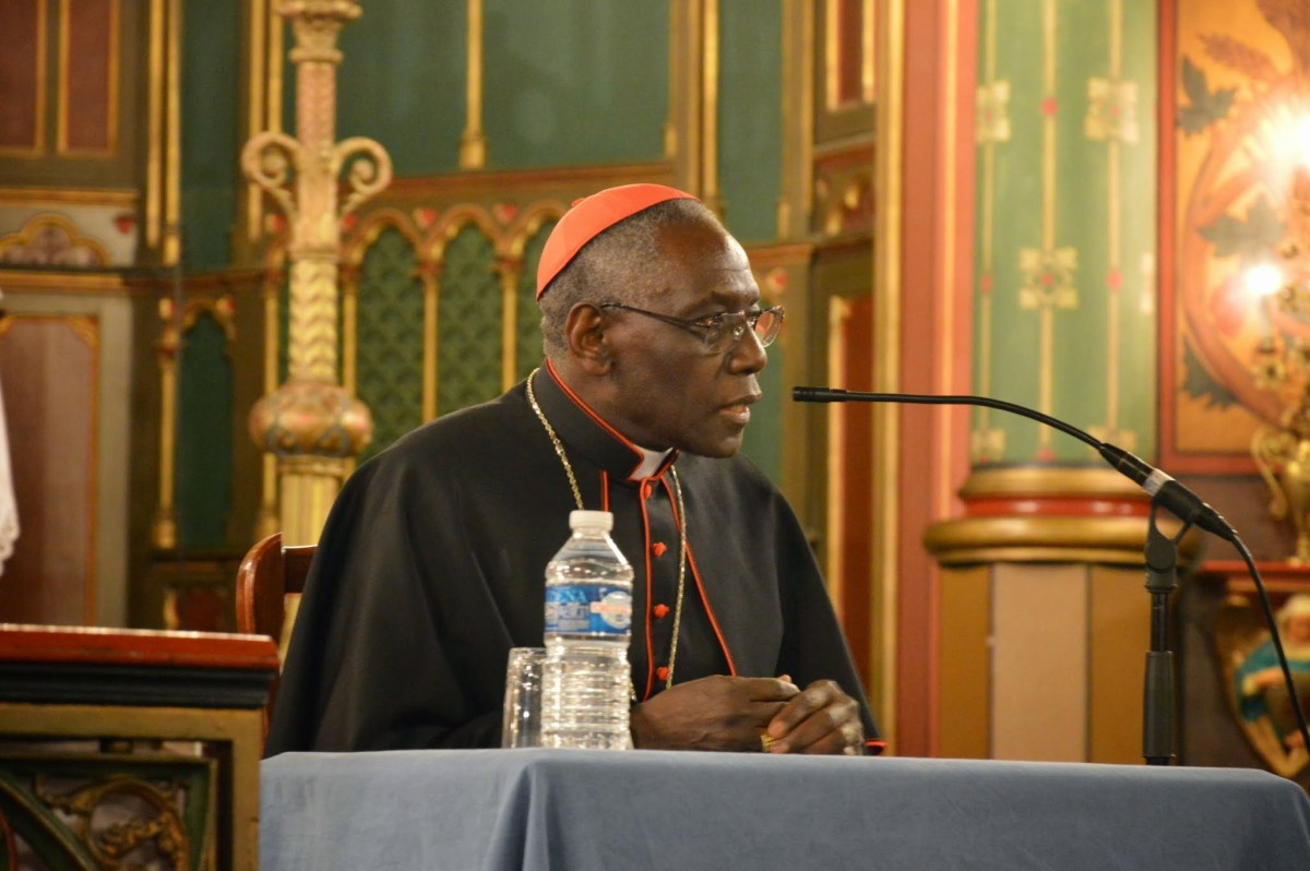 Enregistrement & photos : conférence de S.E. le cardinal Sarah: nouvelle évangélisation & liturgie