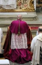 38 Messe basse prélatice de Mgr Pozzo