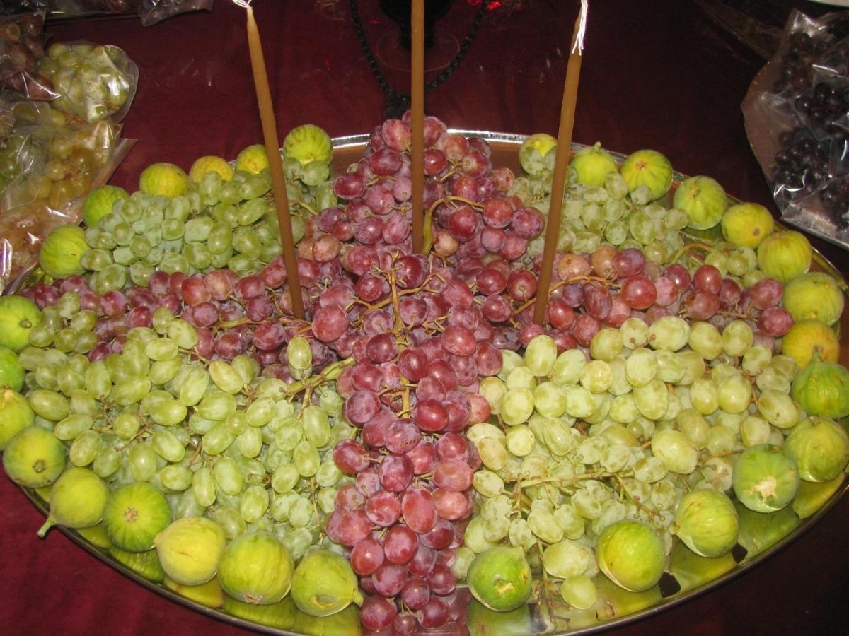 La bénédiction liturgique des raisins le jour de la Transfiguration