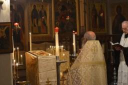 15-Vigile de Noël - à matines - encensement de l'icône de Noël durant le mégalinaire