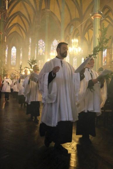 03 - Rameaux 2016 - La procession des rameaux