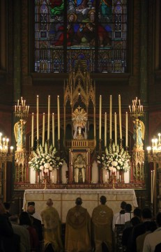 Exposition du Très-Saint Sacrement