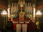 Les chantres entonnent les psaumes des vêpres
