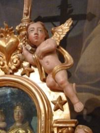 La Gurraz, église saint Roch : retable du Rosaire, ange.