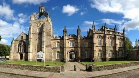 University of Aberdeen Law School Scholarships in UK 2017