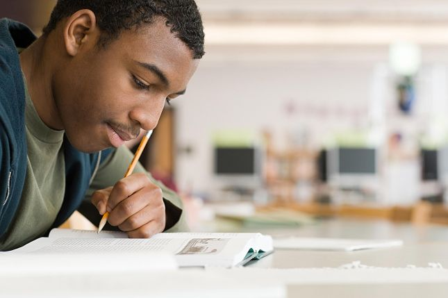 This article will help you compose the best scholarship thank you letter with our proven researched guidelines, tips and samples from donors.