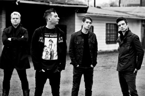 Pat Thetic, drummer of Anti-Flag discusses Donald Trump in a Moshpit, Human Rights, Veganism, and 2008 RNC Protest with Madness To Creation! A Warptified Experience!
