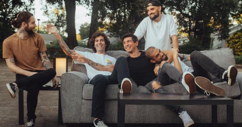 "(Invite The Neighbors DIY Podcast Ep. 127):  FELICITY + Album Review of ""Dear Universe"""