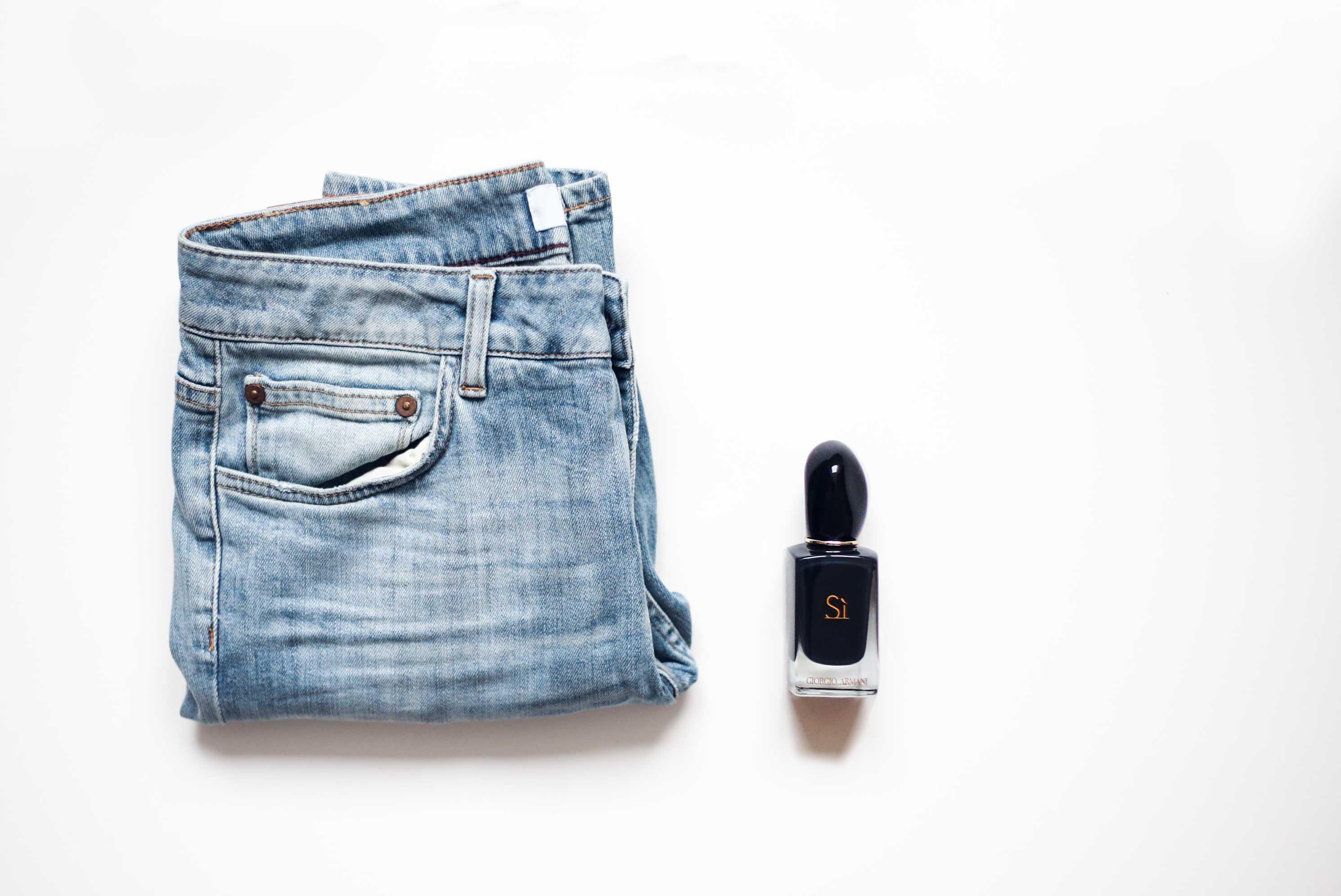 das-kleiderschrank-projekt-praxisbuch-schonhalbelf-giorgio-armani-si-lifestyle-jeans-closed-denim-fashion-kleiderschrank