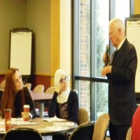 Livonia Mayor delivers at leadership workshop