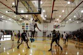 Men_Basketball-020619-17