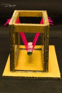 newton's cradle experiment