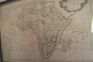 Carte de l'Afrique. La grande majorité des esclaves de l'île Bourbon proviennent de Madagascar et de la côte orientale de l'Afrique. Cependant,  dans le cadre du trafic commercial le long de la route des Indes, certains esclaves sont parfois prélevés dans d'autres régions, notamment en Afrique de l'Ouest et en Inde.