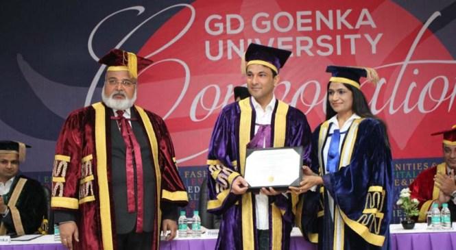 Chef Vikas Khanna Receives Honorary Doctorate from G.D Goenka University