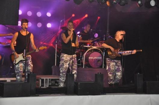 Het dak ging er af met de de geweldige band Melrose!