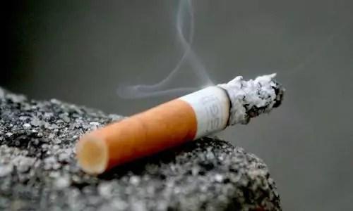 hoe verwijder je nicotine aanslag