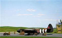 horsa-glider-with-british-paratroops_001