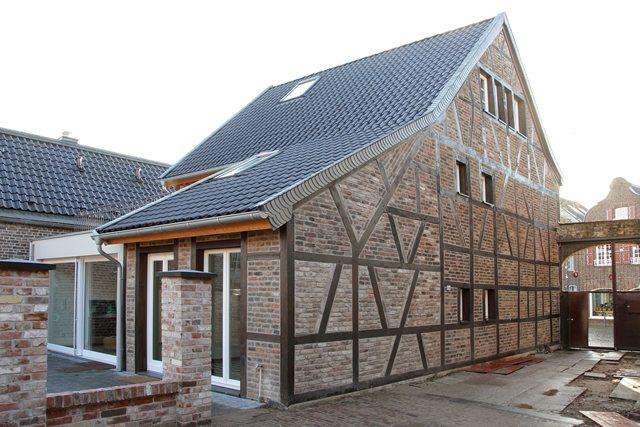 Sanierung von Wohnhaus (18. Jahrhundert) - Aussenansicht