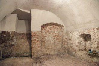 Sanierung von Wohnhaus (18. Jahrhundert) - Keller