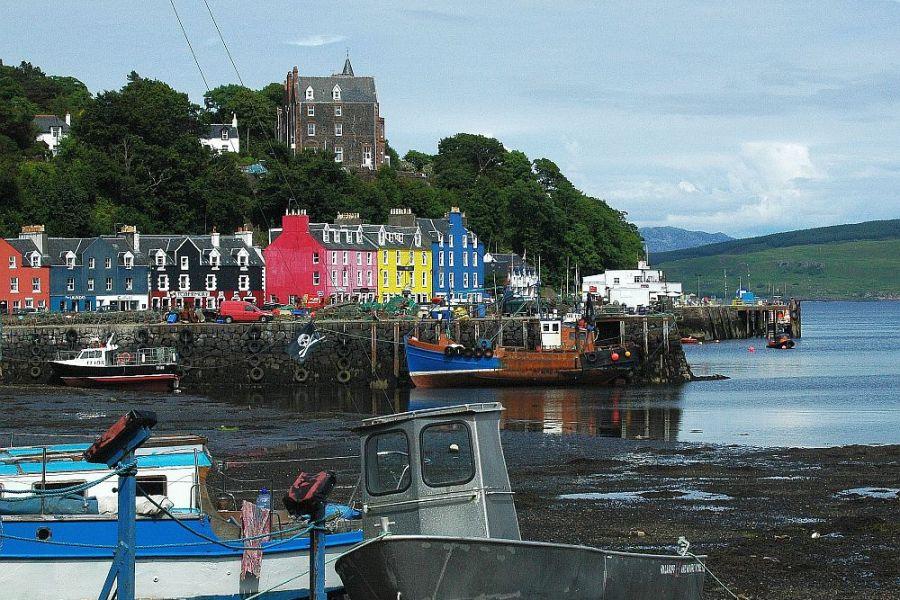 Waehrend der Whisky Rundreise durch Schottland statten wir Tobermory einen Besuch ab.